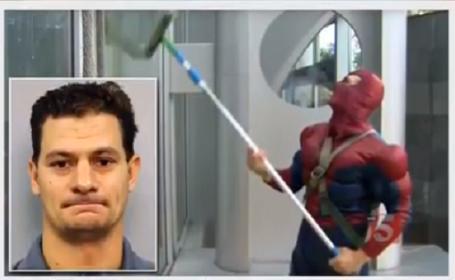 Bărbat costumat în Spiderman, condamnat la 105 de închisoare pentru pornografie infantilă