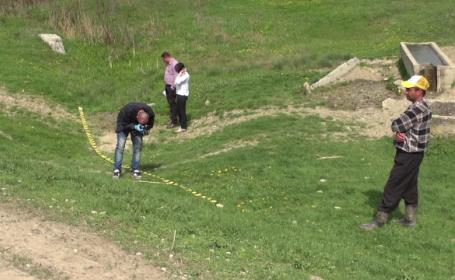 Un bărbat a ajuns cu urechea tăiată, din cauza unui scandal pentru o bucată de pământ