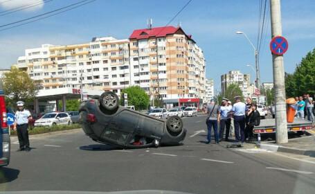 Accident spectaculos provocat, în Galați, de o profesoară care s-a urcat beată la volan