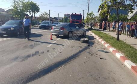 Patru maşini implicate într-un accident în Târgovişte: trei răniți