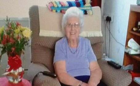 Bătrână de 85 de ani, moartă după ce a băut în spital lichid de curățare în loc de apă
