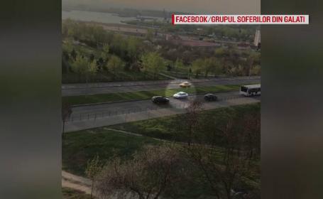Șofer filmat conducând liniștit pe contrasens, la Galați. Ce amendă riscă