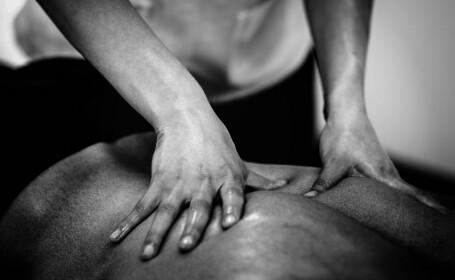 Maseuza, jefuită de un tânăr care i-a cerut un masaj erotic
