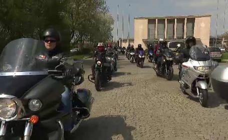 Marș al motocicliștilor. Polițiștii le-au atras atenția să nu mai facă slalom în trafic
