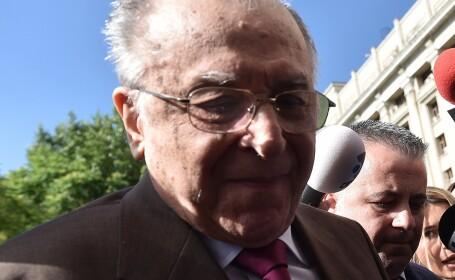 Fostul presedinte Ion Iliescu s-a prezentat la Parchetul General