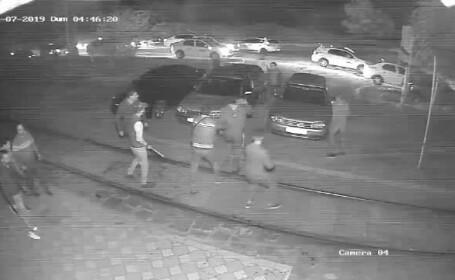 Ce sancțiuni au primit 4 dintre taximetriștii care au călcat în picioare un tânăr, la Galați
