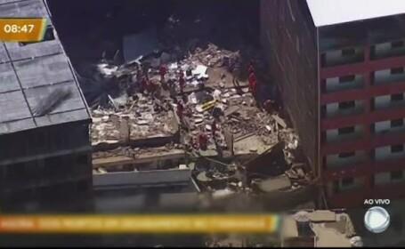 Două clădiri s-au prăbușit în urma inundațiilor din Rio de Janeiro. Doi oameni au murit