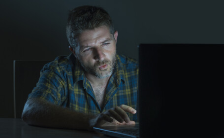 sextortion, experti, securitate cibernetica, filme adulti,