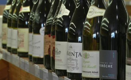 Brexitul a provocat creșterea vânzărilor de alcool în Franța