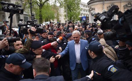 Preşedintele PSD, Liviu Dragnea, s-a prezentat la Înalta Curte de Casaţie şi Justiţie