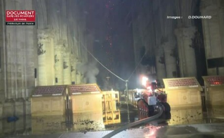 Mărturia unui ghid de la Notre-Dame după ce a intrat în catedrală devastată de incendiu