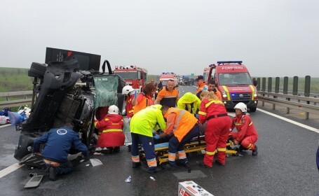 Accident pe autostrada A1. A fost implicat un microbuz cu 10 cetățeni bulgari