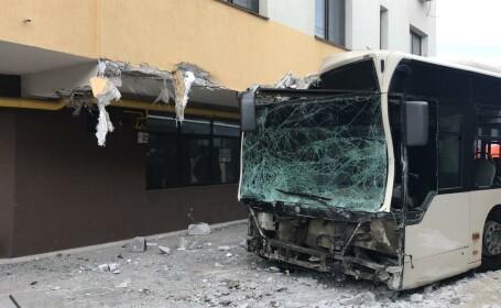 autobuz accident