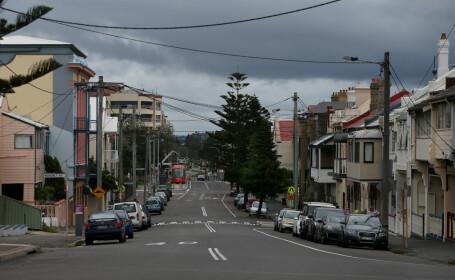 Un australian a fost amendat pentru că stătea singur la o masă de picnic