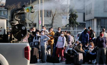 Mii de persoane au așteptat pe aeroportul din Cluj-Napoca, pentru a pleca la muncă în străinătate