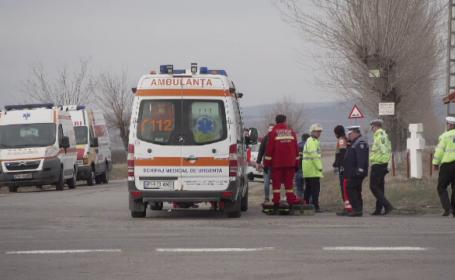 Un bărbat și o femeie au fost găsiți înjunghiați, în mașină, pe DN1. Precizările polițiștilor