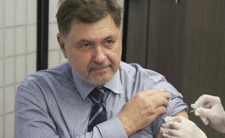Rafila: Mă aștept ca pandemia să dureze doi ani, cu o scădere a intensității în anul următor