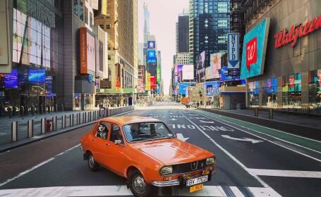 Imagini virale. Dacia 1300 la plimbare, într-un New York pustiit de coronavirus