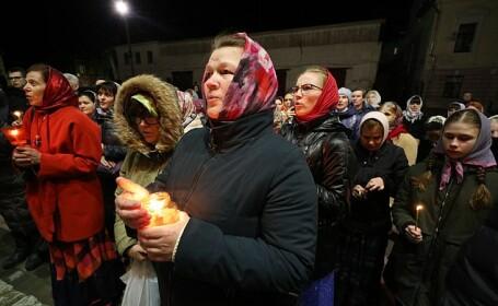 credincioși rusi la Înviere