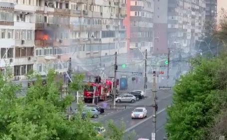 Incendiu violent într-un bloc din Galați. Cum a încercat proprietara să stingă focul
