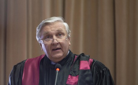 Medicul Mircea Beuran, trimis în judecată pentru luare de mită
