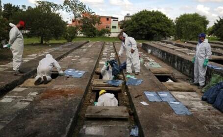 Vechile morminte din Brazilia, golite pentru a face loc numărului uriaș de victime Covid-19
