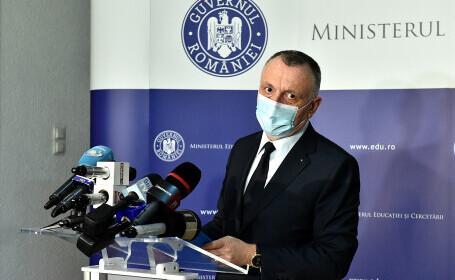 Sorin Cîmpeanu: Rezultatele la Evaluarea Națională și Bacalaureat au fost \