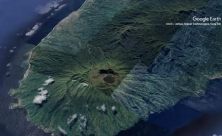 """VIDEO. Insula St. Vincent este evacuată. Alertă de erupție vulcanică """"iminentă"""""""