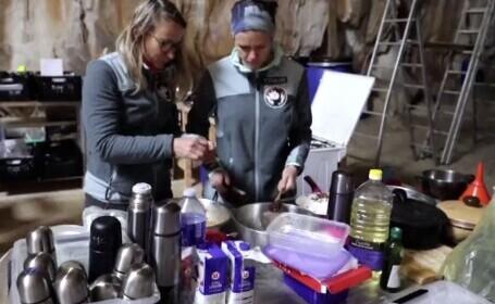 Studiu neobișnuit într-o peșteră din Franța, unde 15 persoane stau în întuneric și fără ceasuri timp de 40 de zile