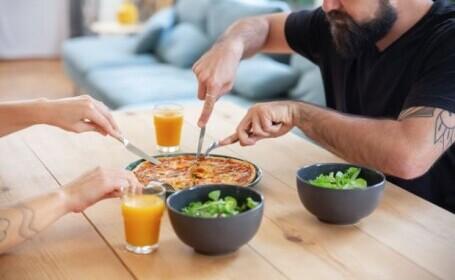 Ce pățesc bărbații care consumă prea puține grăsimi? Avertismentul cercetătorilor