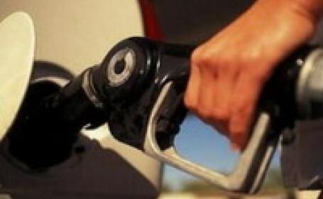 Rompetrol a redus astazi preturile la carburanti
