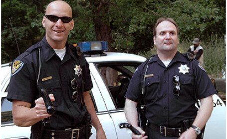 Vânătoare de poliţişti care încalcă legea!