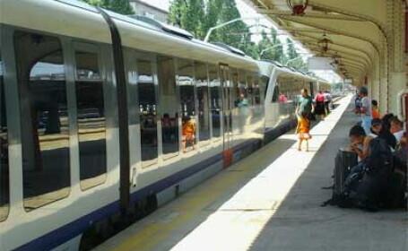 CFR Calatori introduce 42 de trenuri catre litoral