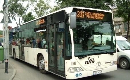 Trunchiuri de copaci si fantani in autobuzele din Bucuresti