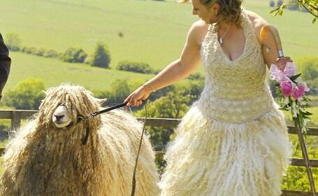 Rochie de mireasa de lana