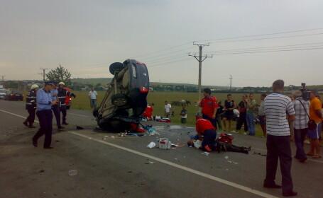 Cluj: 6 oameni au fost grav raniti dupa ce 3 masini si un TIR s-au ciocnit