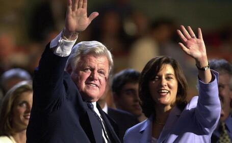 Ted Kennedy a pierdut lupta cu cancerul!