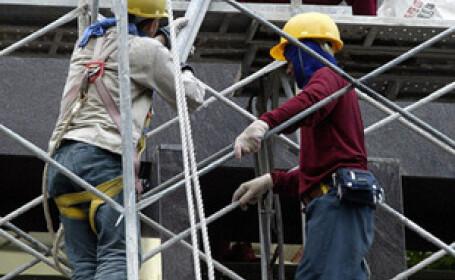 A murit dupa ce a cazut de la 25 de metri inaltime, in timp ce lucra!