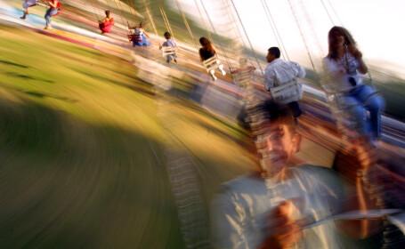 Caruselul groazei! Grav accident intr-un parc de distractii din Belgia