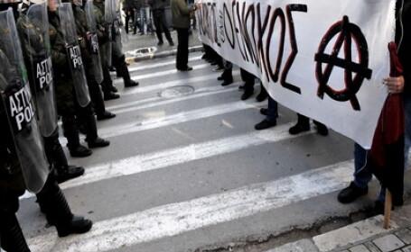 FMI: Declinul economiei Greciei va dura mai mult decat am prevazut
