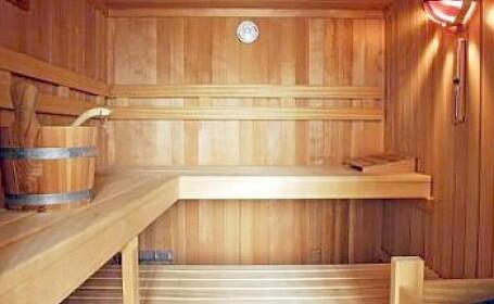 Era sa moara intr-o competitie de rezistenta la sauna. Acum vrea din nou!