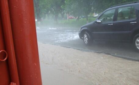 Furtuni, grindina, inundatii