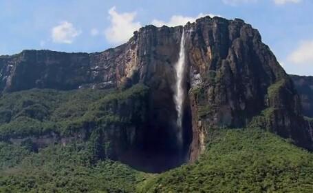 Iti taie respiratia! Cea mai inalta cascada din lume: Angel. Video