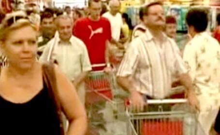 Aglomeratie cumparaturi supermarket