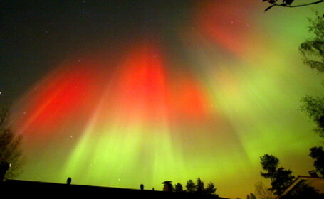 Aurora boreala, furtuna solara