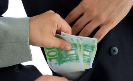 Spaga, mita, euro