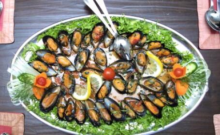 Turism culinar cu delicatese din Marea Neagra, noua atractie pentru romanii care merg in Bulgaria