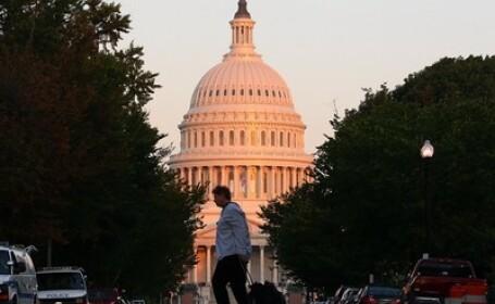 Camera Reprezentantilor a aprobat acordul privind cresterea plafonului de indatorare a SUA