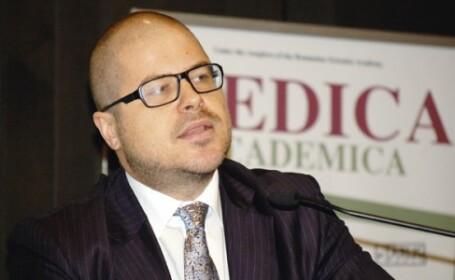 Presedintele Agentiei Nationale a Medicamentului, acuzat ca primit 5.000 de euro spaga