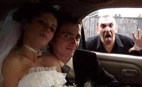 Pozele de nunta pe care toti tinerii casatoriti ar vrea sa le ascunda. Galerie FOTO